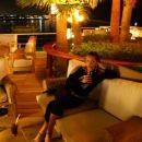 Cocktail bar v hotelu