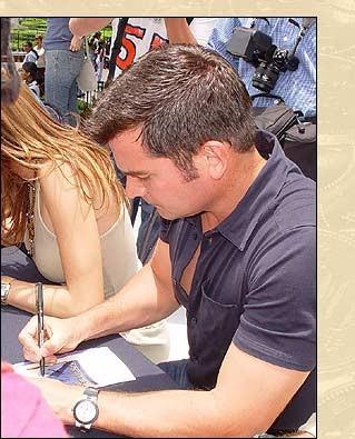 La Heredera podpisuje - foto